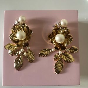 Kate Spade Pearl Lavish Bloom Earrings